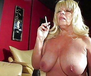 Smoking Babes Videos