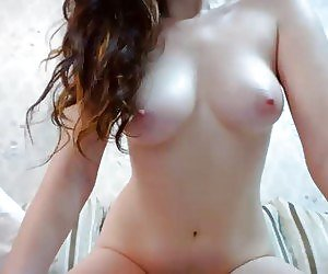 Perfect Nude Babes Videos