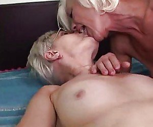 Perfect Lesbian Scissoring Videos
